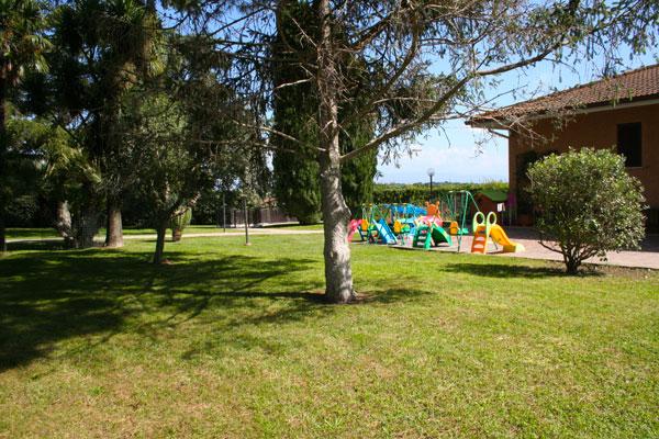Asilo nido scuola dell infanzia bilingue la casetta dei for Graduatorie asilo nido roma